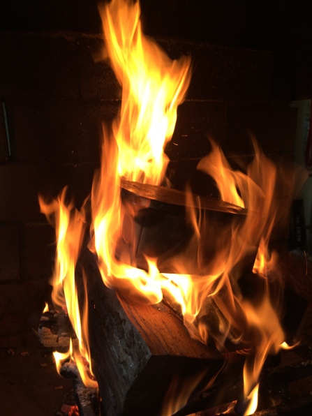 Faire son propre charbon de bois