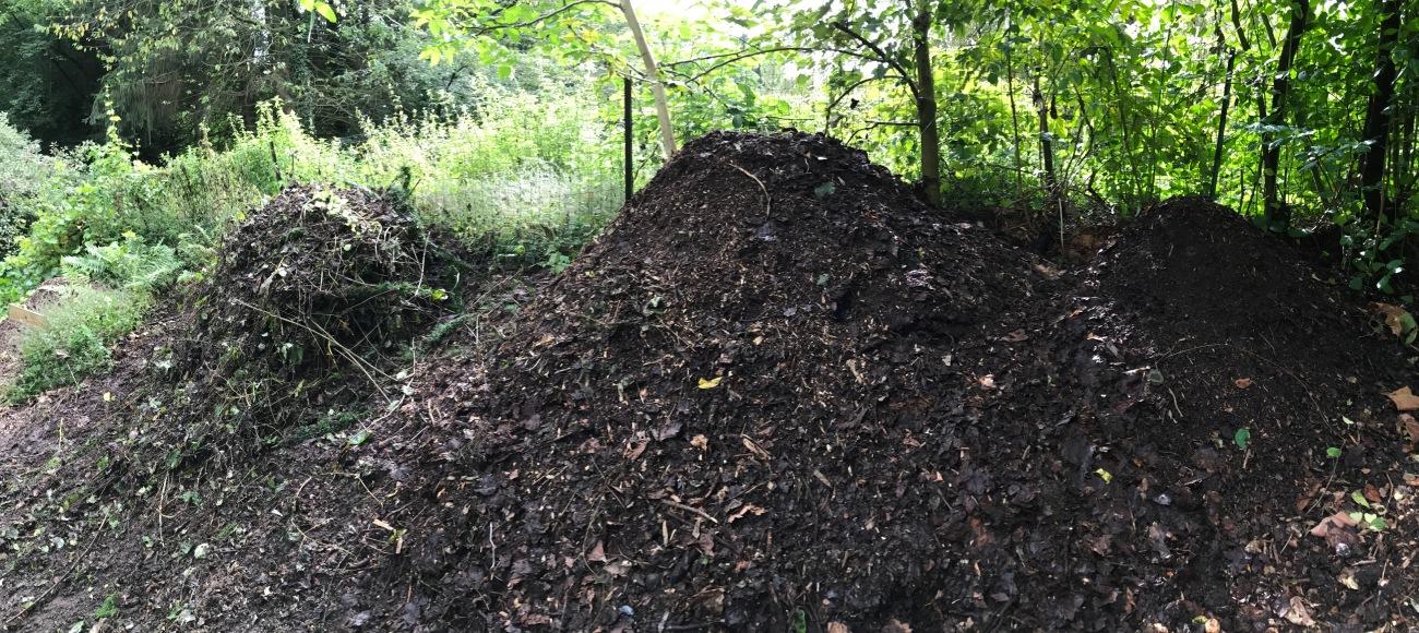 Les 3 nouveaux tas de compost